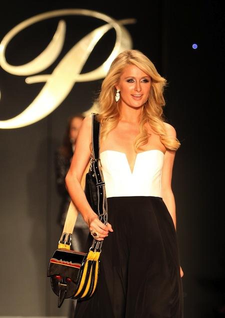 Carteras y accesorios Paris Hilton