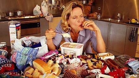 Que causa la ansiedad por comer
