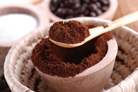 exfoliante-de-cafe-y-menta-para-quitar-la-celulitis